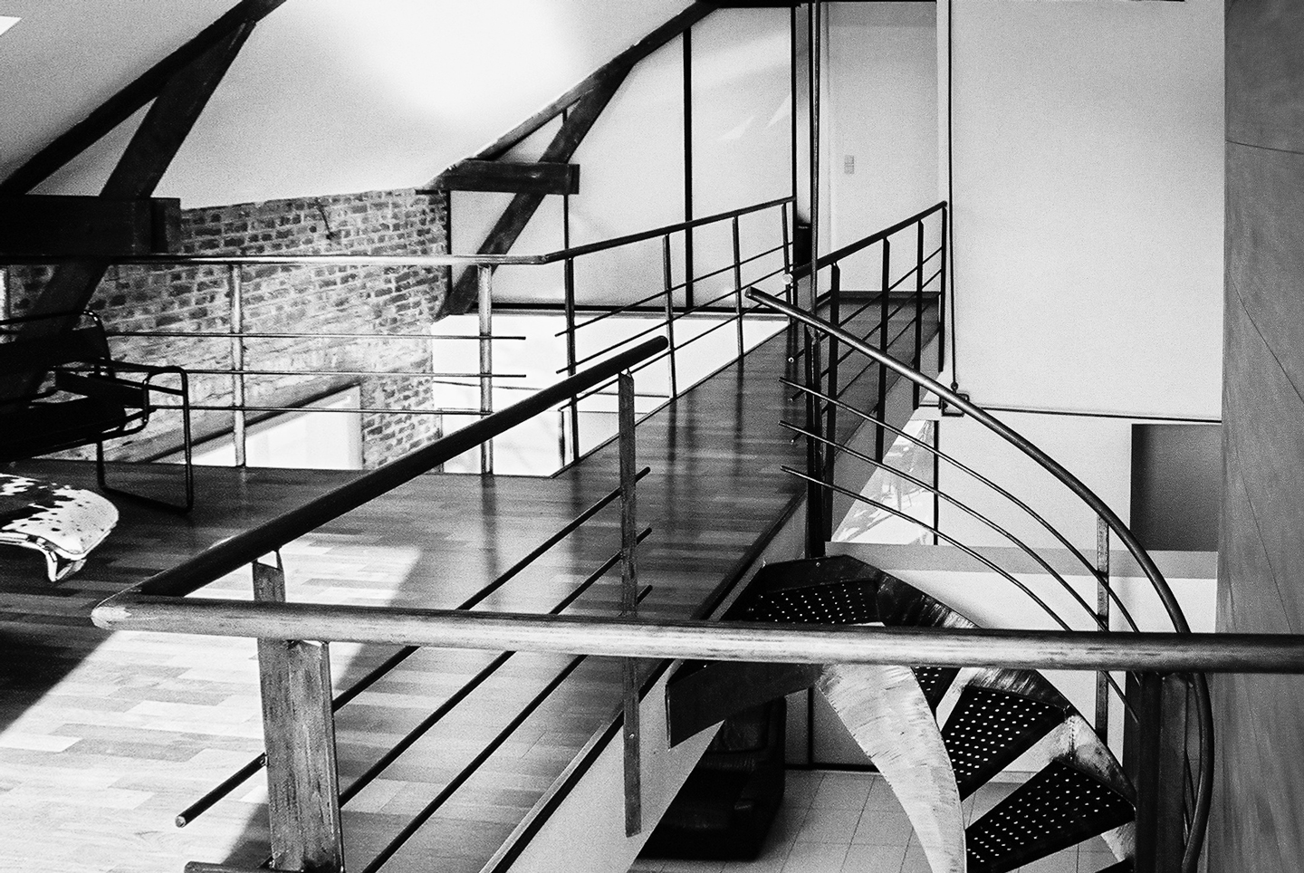 Metal staircase for a duplex apartment in Savonnerie building Mons